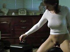 ایولین از کار دستی کانال تلگرام لوتی دات نت شخصی خود لذت می برد و از او لذت می برد