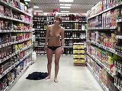 سه خانم بالغ با یک مرد رابطه جنسی برقرار کانال تلگرام فیلم پورن می کنند