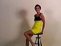تلاش برای لینک کانال شهوانی در تلگرام پوشیدن لباس جدید در رختکن
