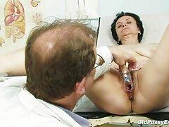زیبایی Lyudochka یک blowjob کانال گروه های سکسی پرشور ایجاد کرد